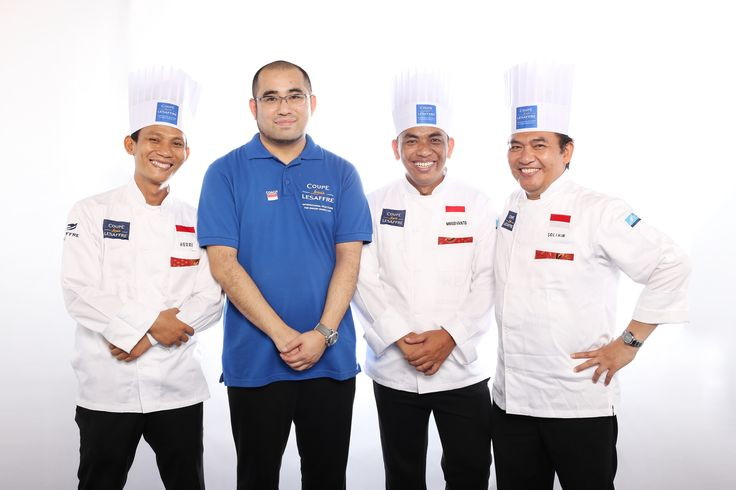[INDONESIAN TEAM - Asia Selection - Louis Lesaffre Cup]  Heri SAEPUL BAHRI - Breads candidate Murdiyanto - Viennese pastries candidate Solihin- Artistic piece candidate And coach Mori KOSUKE  #BakeryLesaffreCup #Asia #Indonesia #bread #baking #SIALInterFOOD2015