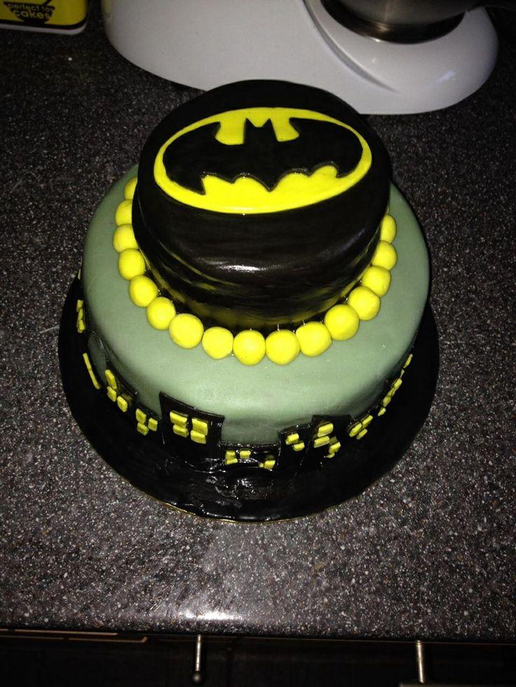 Batman Boys Birthday Cake