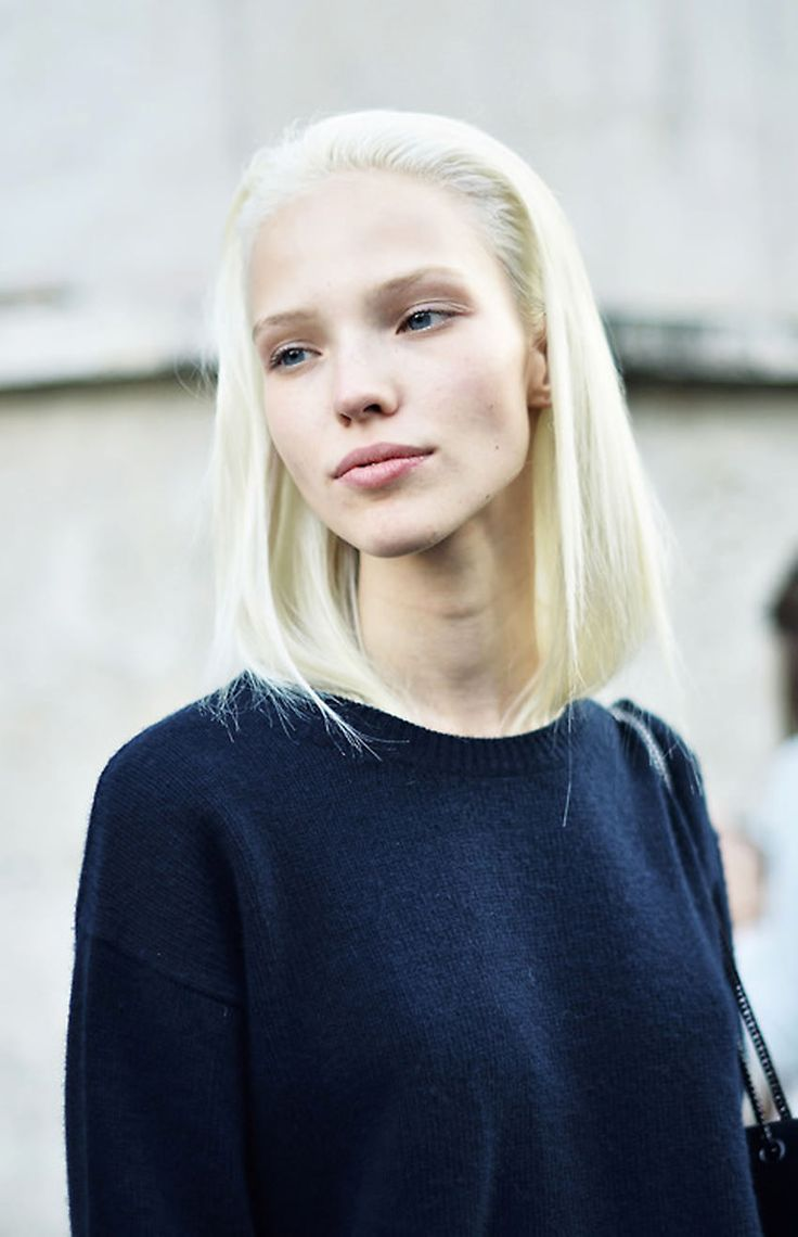 Sasha Luss is ridiculously beautiful.
