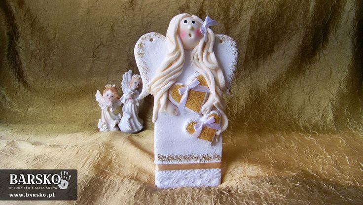 Biały Anioł z masy solnej