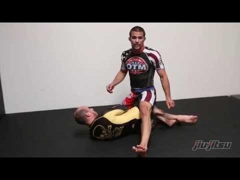 Garry Tonon, Back Take With Shoulder Roll From Mount: Jiu-Jitsu Magazine, Issue #27. - YouTube