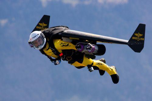 Yves Rossy - the jetman