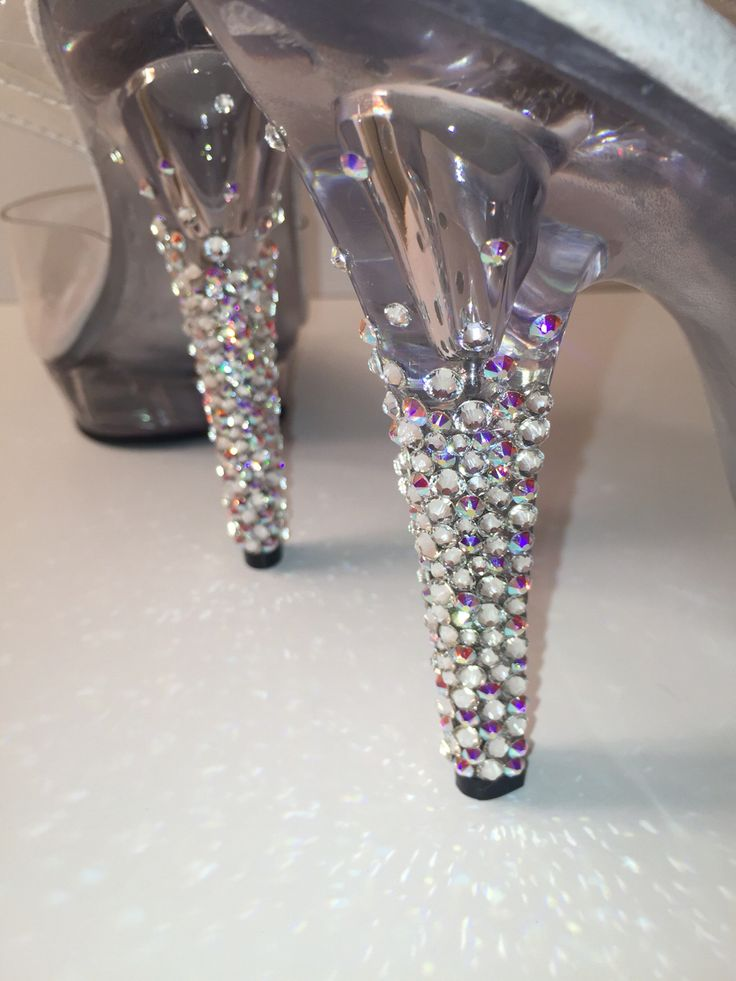 THE SHOE FAIRY Competition and Posing heels for bikini and figure competitors! Wide variety and customizable with Swarovski Crystals - DIY - FOR SALE - NPC CBBF IFBB WNBF ANBF IFPA - FITNESS / FITSPO