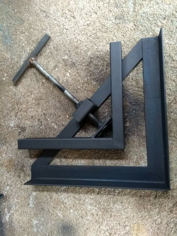 Welding - Angle Clamp | Boya in 2019 | Woodworking garage, Woodworking workshop, Metal tools