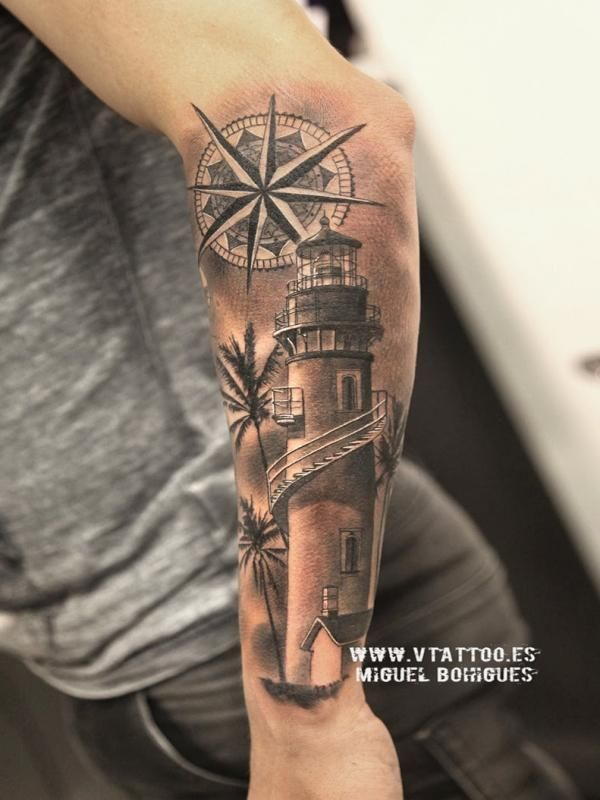 Tatuaje de un faro a Rodrigo de Paul - Miguel Bohigues - Vtattoo