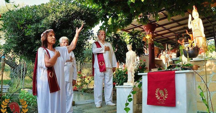Οι Ρόδιοι Εθνικοί-Τελχινίς συνεόρτασαν με τα στελέχη του, ΥΣΕΕ, Βλάσση Ρασσιά και Μαρίνα Ψαράκη, τα Θαργήλια και τα Ρόδια Διονύσια στον Βωμό της Αθηνάς, στη Ρόδο. http://iliastpromitheas.blogspot.gr/2017/05/blog-post_30.html