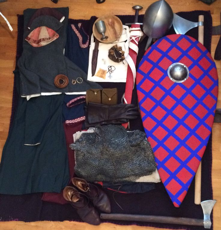 First half 12th century Norman knight kit