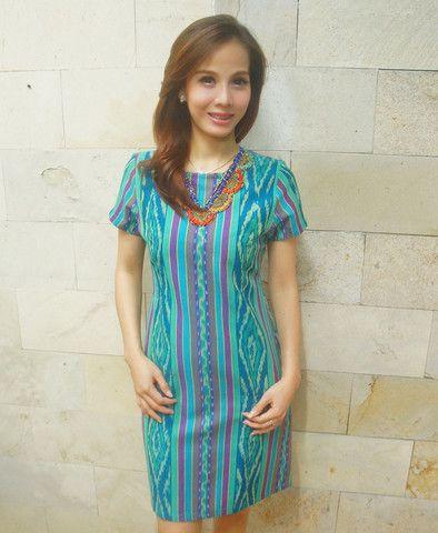 Tenun Beaded Dress Green Short Sleeved   batik kultur