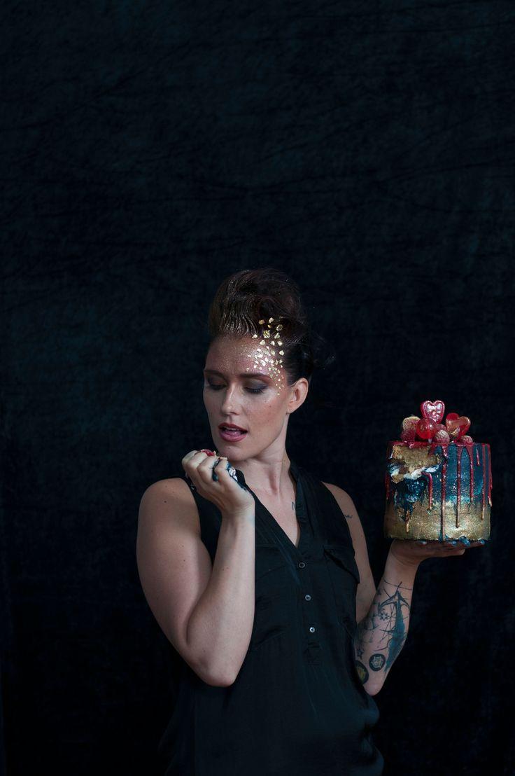 @l_karlin   @say_it_with_a_cake! Lotte Mäkinen  Hanna Valjakka & Studio Fleida