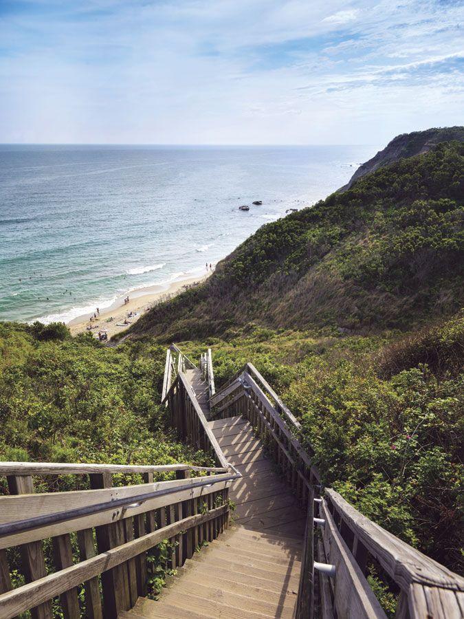 Block Island, Rhode Island Day Trip | Yankee Magazine #VisitRhodeIsland