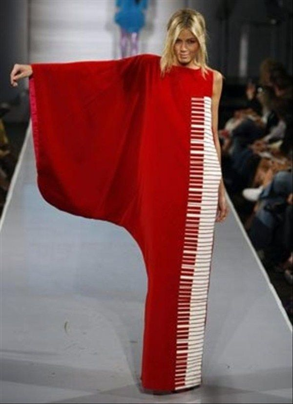 Crazy Fashion Designs (23 photos) **Okay, I like the Grand Piano idea, but there are way too many keys on this piano, the bottom is too tight even with a kick pleat, and who is going to walk around all the time with one arm out?*