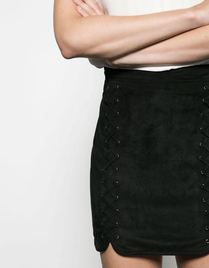 Antelina skirt with eyelets - Skirts - Bershka Poland