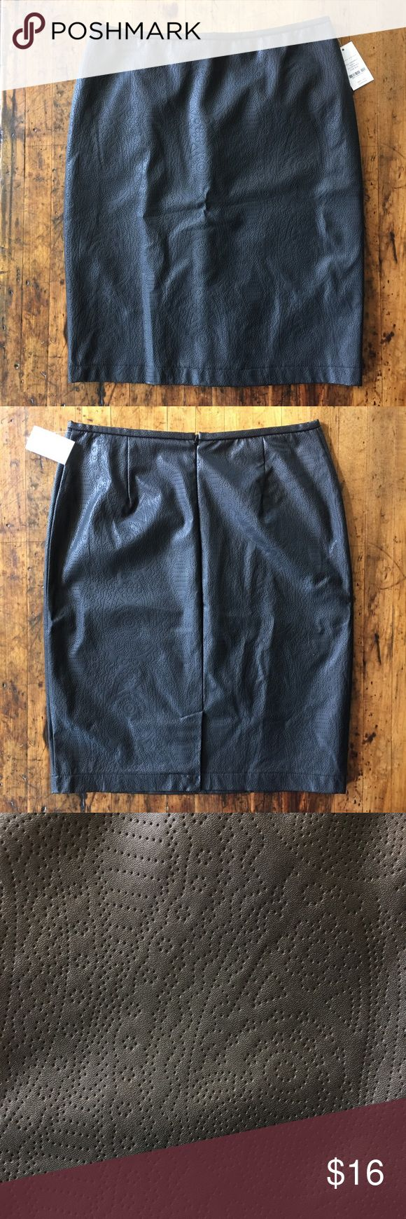 "Black Faux Leather Pencil Skirt 😘 Black Faux Leather Pencil Skirt 😘 NWT. Size 6. Length 22.5"" ... cute perf detail. Skirt is lined. Valerie Stevens Skirts Pencil"