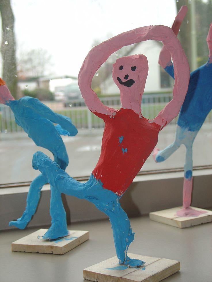 danser : basis van ijzerdraad