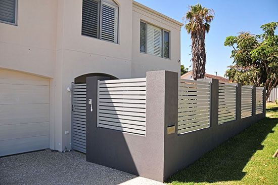 #2 Most Popular Fence and Gate Design in Perth Western Australia: Slat fencing & pedestrian gate