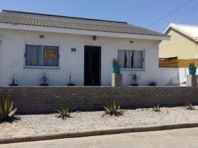 3 Bedroom House for sale in Lamberts Bay - Lamberts Bay