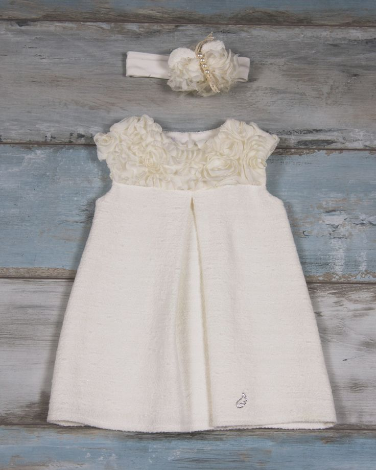 Dress with channel -type fabric and tulle fabric bows muslin