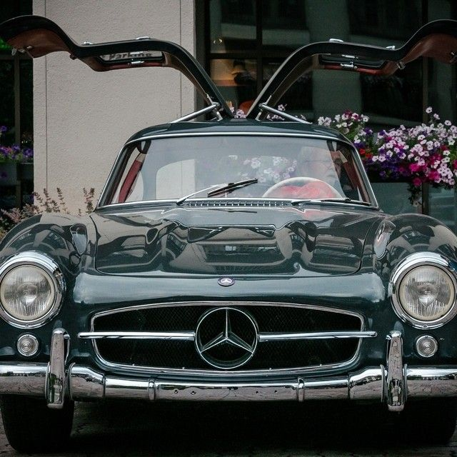 300sl stretched its gullwings mercedesbenzofhuntvalley for Mercedes benz hunt valley