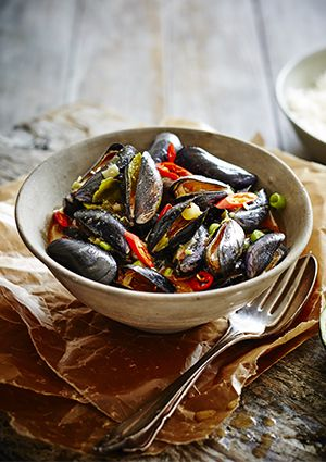 Thai red curry mussels recipe | Thai red curry, Curries and Mussels
