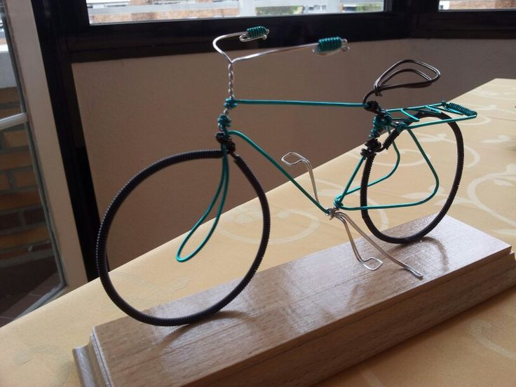 Bici de alambre-portanillos