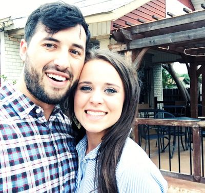 Duggar Family Blog: Updates Pictures Jim Bob Michelle Duggar Jill and Jessa Counting On 19 Kids TLC: Date Night For Jinger and Jeremy