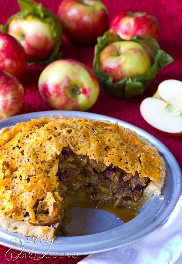 Apple and Bacon Pie with a Cheddar Crust from @Sommer | A Spicy ...