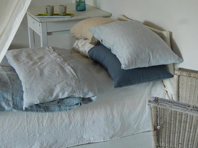 Une chambre 100% écolo #chambre #ecolo http://www.maison-deco.com/chambre/meubles-objets-deco-chambre/Tout-savoir-sur-la-literie-ecolo