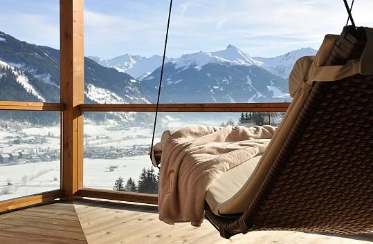 Von der Skipiste ins Hotel: Das Goldberg liegt direkt am Skigebiet im Gasteinertal in Österreich