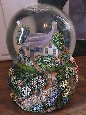 Thomas Kinkade Musical Water Globe Morning Glory Cottage NIB!