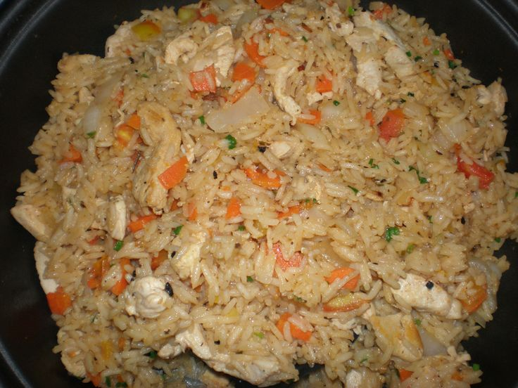 Aprenda a preparar a receita de Chicken Fried Rice (Arroz Tailandês)