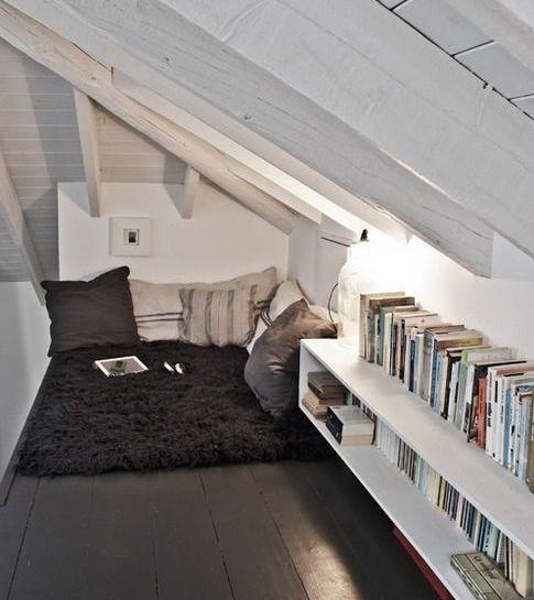 Designing Small Spaces: Cozy Corners
