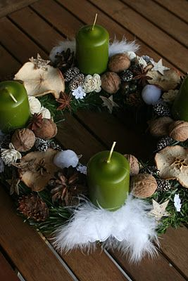 advent wreath with feather angel wings