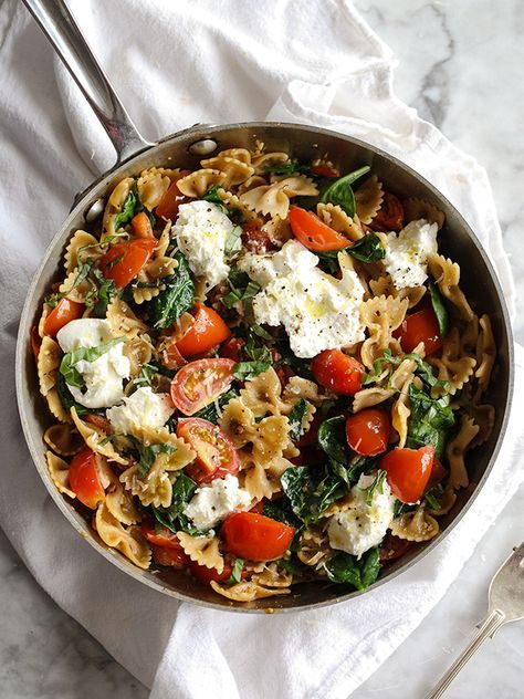Fresh-Tomato-and-Ricotta-Pasta-foodiecrush.com-009