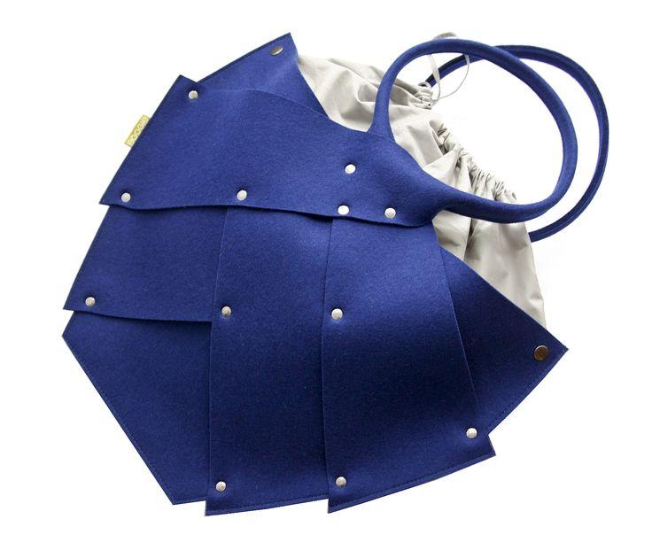 Torba Z Filcu Beetle Chabrowa; Projektant: Boogie Design;  Wartość: 395 zł; Poczucie bezpieczeństwa: bezcenne.  Powyższy materiał nie stanowi oferty handlowej