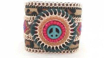 Ibiza armband peace. Ga met deze Ibiza armband voor een stoere look. Het vachtje met tijgerprint voelt ook nog eens heerlijk zacht aan.