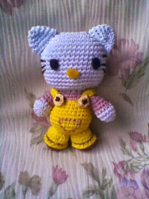 Amigurumi Hello Kitty Yapimi : 1000+ images about Amigurumi Cats on Pinterest Cats ...