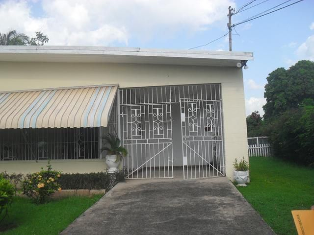 3 Bedroom 2 Bathroom Family House In Havendale For Sale Family