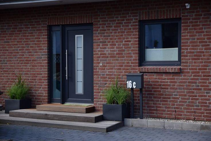 die besten 25 eingangstreppe ideen auf pinterest. Black Bedroom Furniture Sets. Home Design Ideas