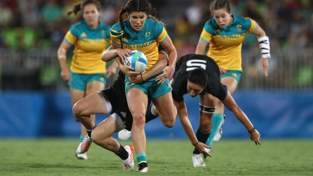 Charlotte Caslick puts up her hand as target of Kiwi coach's sledge at Rio Olympics rugby sevens