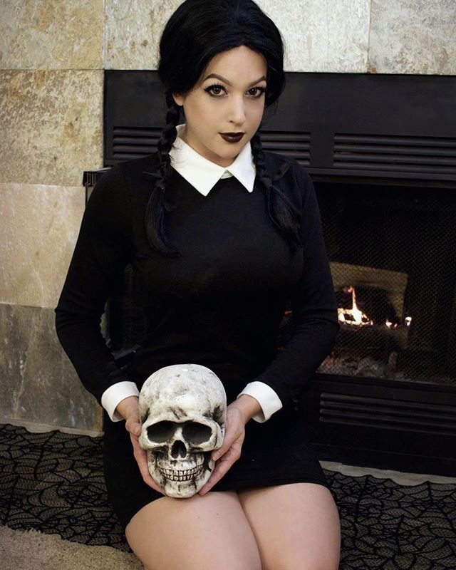11159972fd8 30+ Wednesday Addams Costumes For The Girl Who Only Wears Black ...