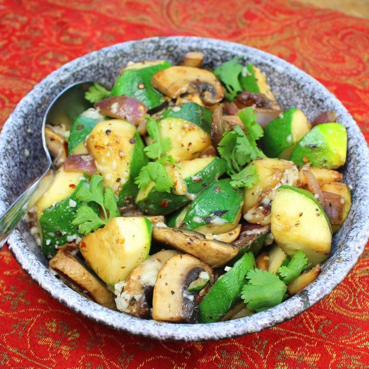 Quick Sauteed Zucchini and Mushrooms | Favorite Recipes | Pinterest
