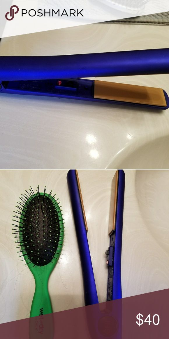 CHI flat iron Blue CHI flat iron. Bought a new flat iron, no longer need this one. Works great! CHI Other