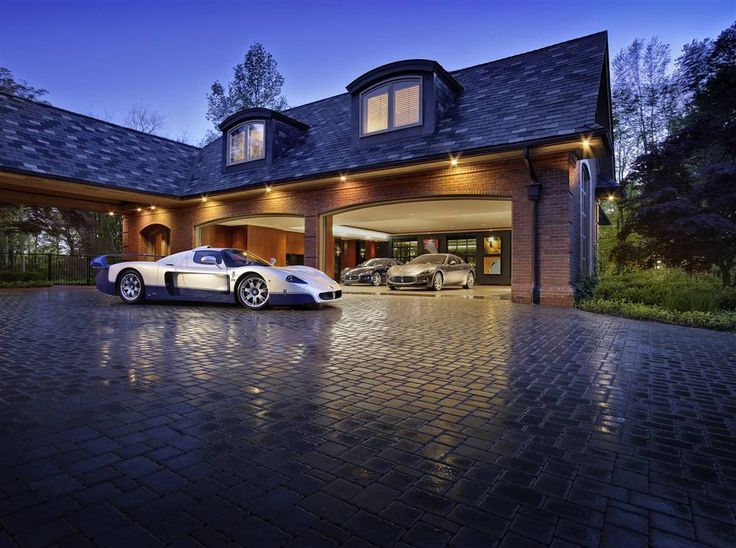 17 best images about cool garages on pinterest cars for Homes with 4 car garages