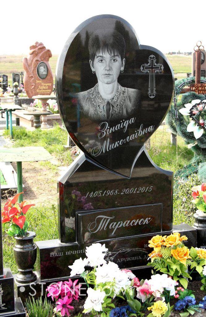 Надгробные памятники гранит фото и цена дата выхода установка памятника цена из гранита своими руками