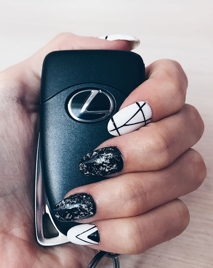 ❤ #lexus #car #ногти #гельлак #узоры #глазурь #белый #черный #nail #nails #style #swag #fashion #beautiful #стиль