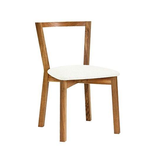 Этот стильный стул был разработан как дополнение к классической серии обеденных столов Си/Cee. Изготовленный из массива дуба, с подушкой (сидением) из льна светлого оттенка стул невероятно удобный и легкий.             Материал: Дерево.              Бренд: WOODMAN.              Стили: Классика и неоклассика, Скандинавский и минимализм.              Цвета: Бежевый, Белый, Коричневый.