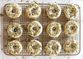 Печеные донатсы - это не пончики, обжаренные в масле! Это легче, здоровее и вкуснее: тесто получается нежным, не жирным и ароматным за
