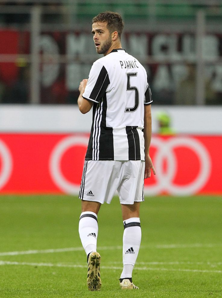 Miralem Pjanic of Juventus FC looks dejection atfter his disallowed goal during the Serie A match between AC Milan and Juventus FC at Stadio Giuseppe Meazza on October 22, 2016 in Milan, Italy.