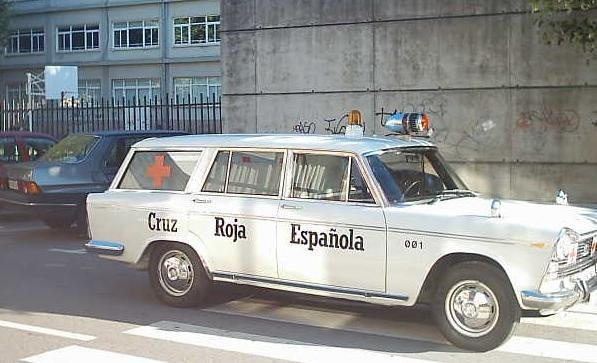 Antigua Ambulancia de Cruz Roja Española Modelo: Seat 1500 Año: 1970 ✏✏✏✏✏✏✏✏✏✏✏✏✏✏✏✏ IDEE CADEAU   ☞ http://gabyfeeriefr.tumblr.com/archive .....................................................   CUTE GIFT IDEA  ☞ http://frenchvintagejewelryen.tumblr.com/archive   ✏✏✏✏✏✏✏✏✏✏✏✏✏✏✏✏