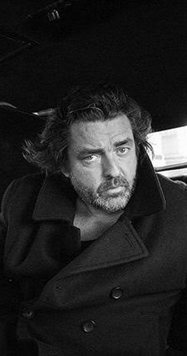 Angus Macfadyen, Actor: Braveheart. Attended the University of Edinburgh, Edinburgh, Scotland and the Central School of Speech and Drama, London, England.